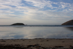View from the shore looking out over Wright Island and Rosetta Head. Copyright: Irini Malliaros/Silentworld Foundation