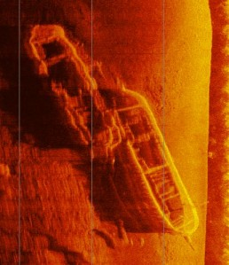 Sidescan image of two wrecks in shallow water at Lake Mulwala. Wobble due to paddling movement! Copyright: Brad Duncan