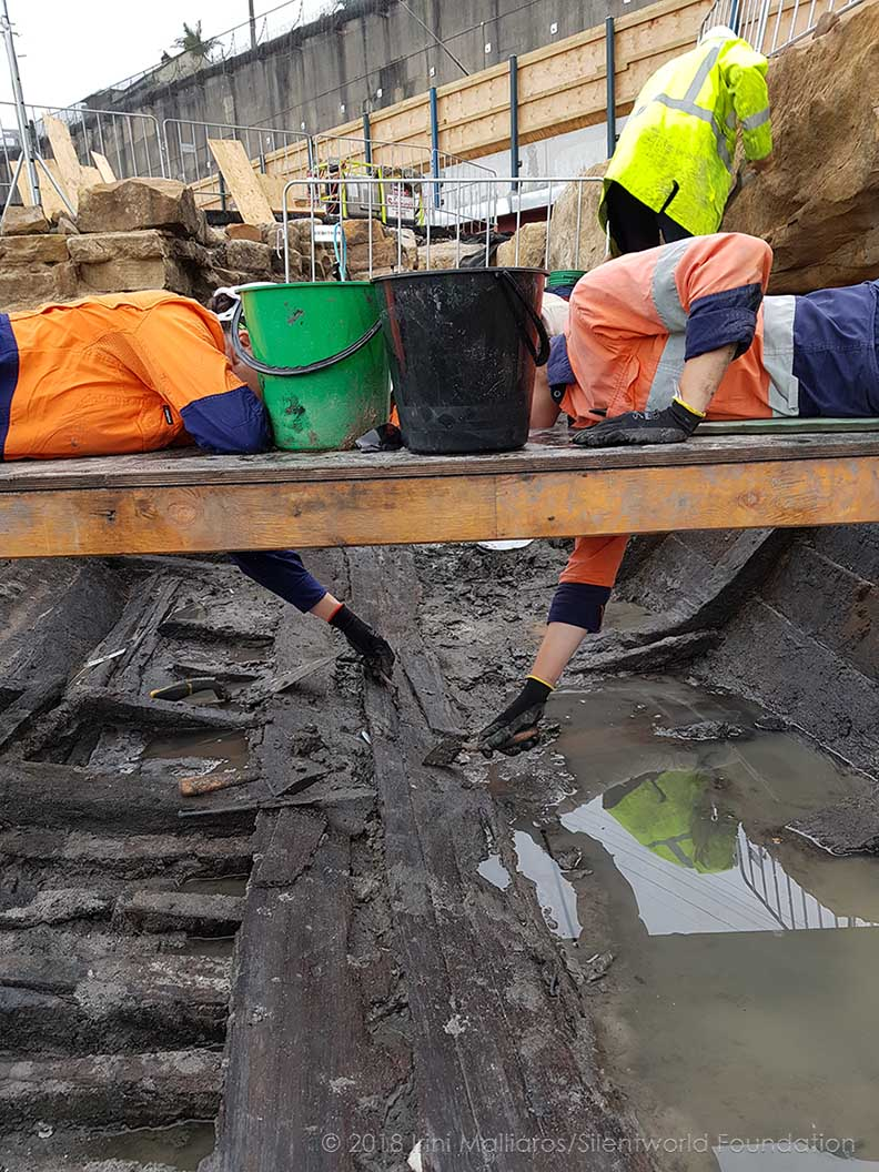 Excavating the wreck. Image: Irini Malliaros/Silentworld Foundation for Sydney Metro, used with permission.